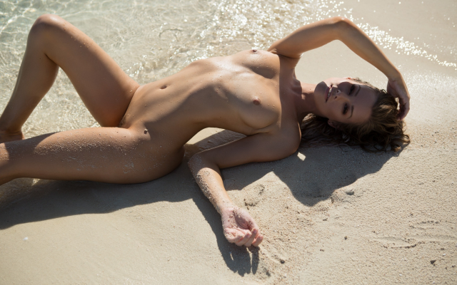 Playboy hot nude wet pussy